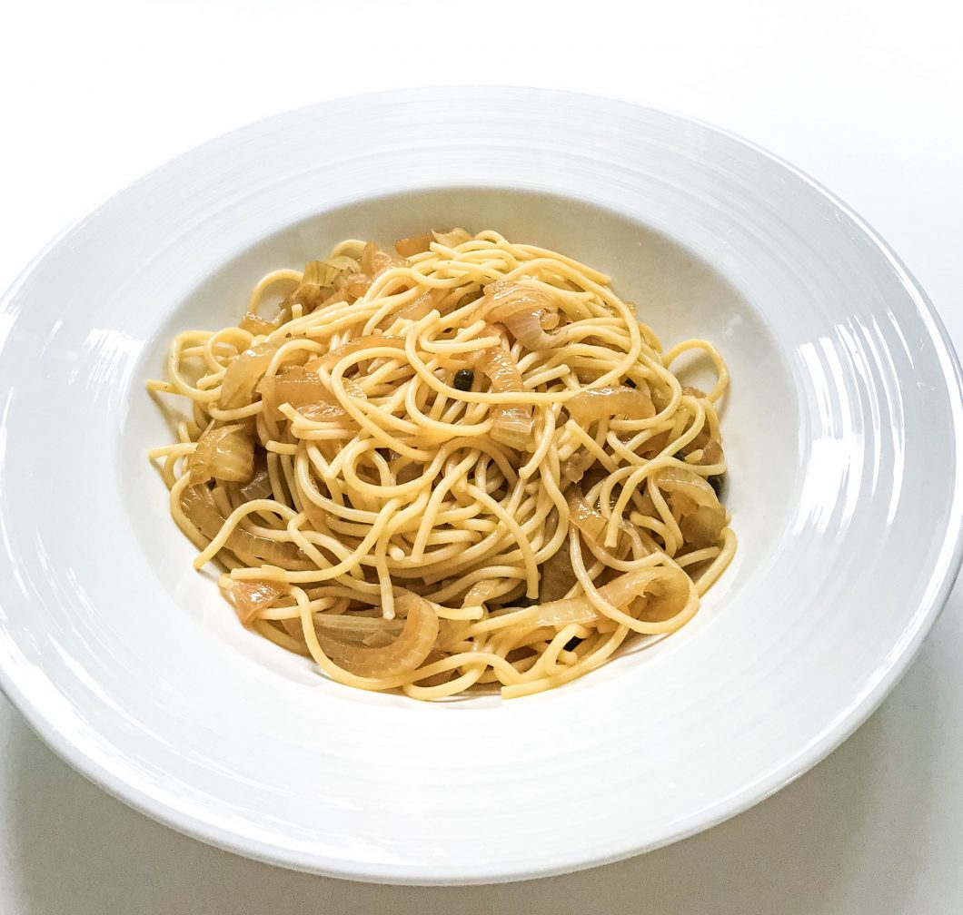 caramelised-onion-pasta